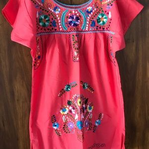 Embroidered Mexican dress size medium